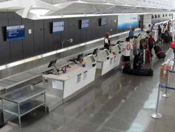 ticket counter conveyor